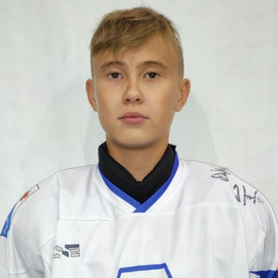 Емельянов Артем