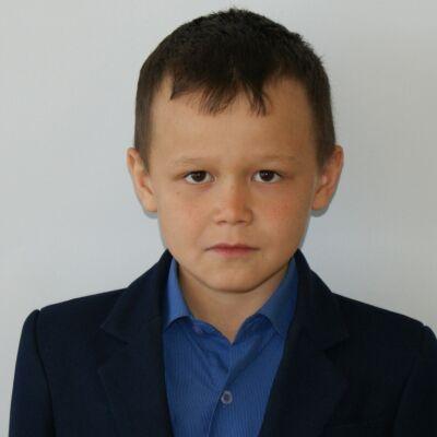 Марданов Искандер