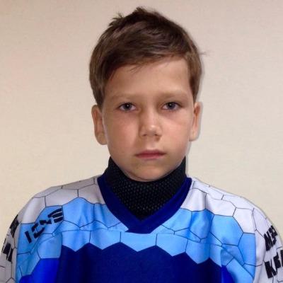Уханов Лев