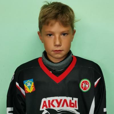 Юзмиев Амир
